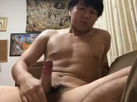 【本物ノンケ動画】可愛いラグビー部の男子学生が全裸でオナニーを見せてくれました!