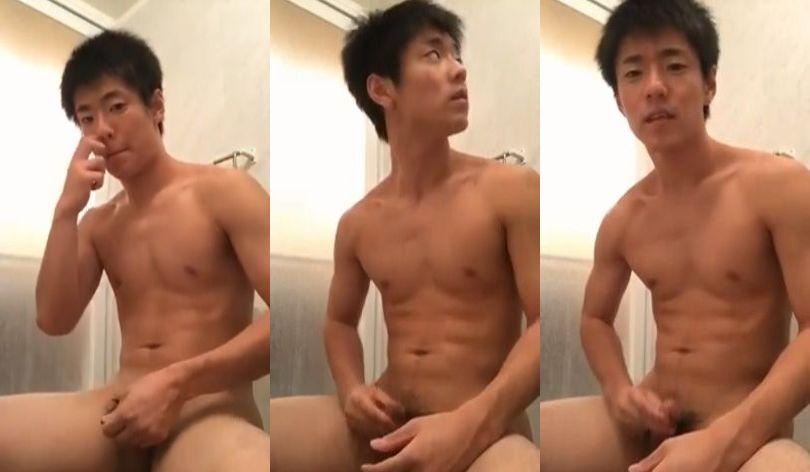 【無料ノンケ動画】爽やかノンケサッカー部員が全裸でオナニー!