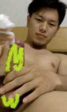 【本物素人投稿】イケメンで可愛い男子学生の全裸オナニー!