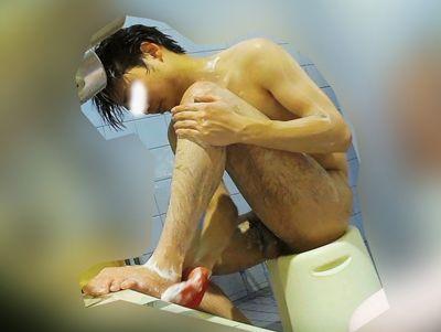 20代のカッコカワイイ系のイケメン君が銭湯で身体を洗っています!